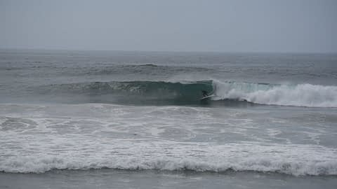 surfing pictures and short video