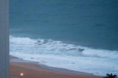 south narrabeen beach