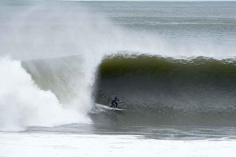 sth narrabeen big waves