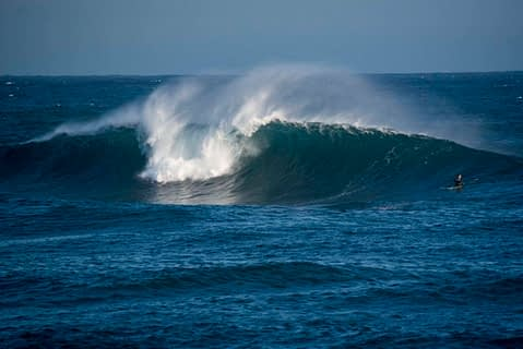 long reef surfing